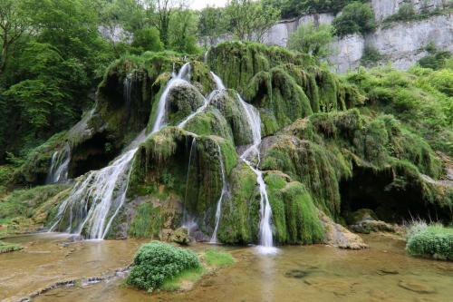 Cascade Cirque de Baume