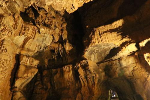 Grotte du cirque de Baume 1