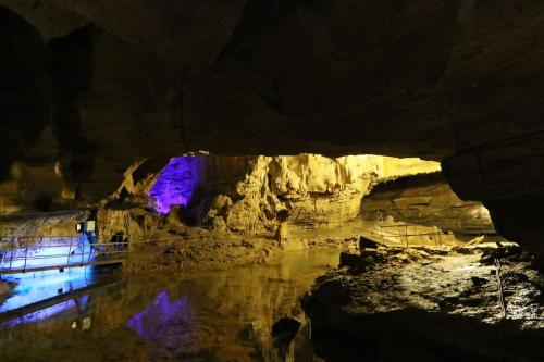 Grotte du cirque de Baume 2